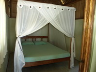 ankermi happy dive in maumere unterkunft und restaurant. Black Bedroom Furniture Sets. Home Design Ideas